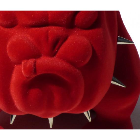 Le petit bouledogue rouge