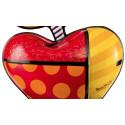 The giant apple -sculpture-romero-britto